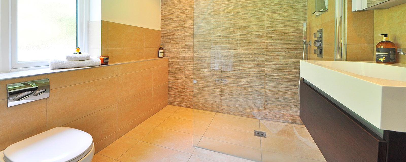 Une salle de bains cologique et conomique guide artisan - Artisan salle de bain ...